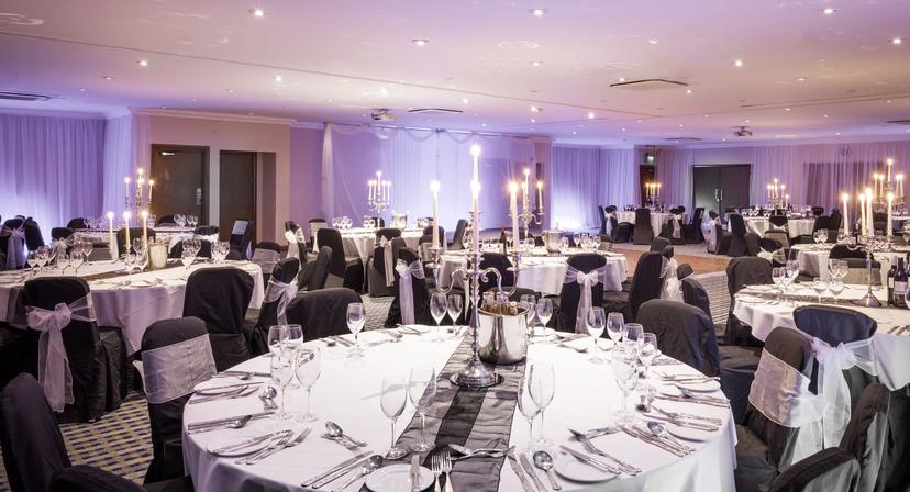 Holiday Inn Glasgow Airport Wedding Reception Venue Glasgow Civil